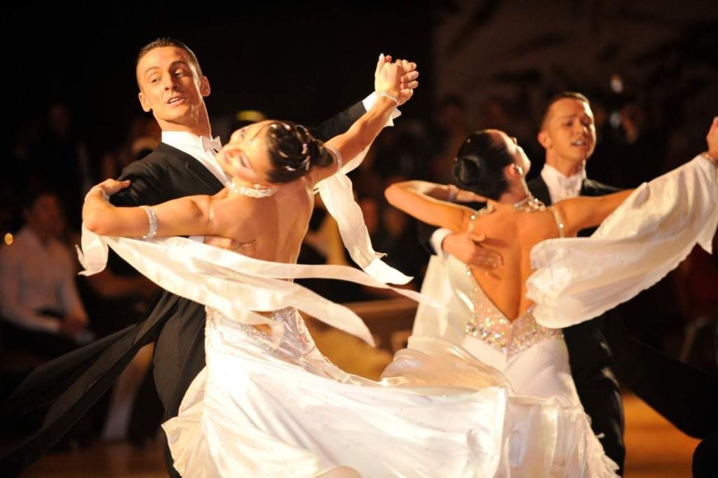 corso di ballo liscio a Milano alla Phoenix Studio Dance