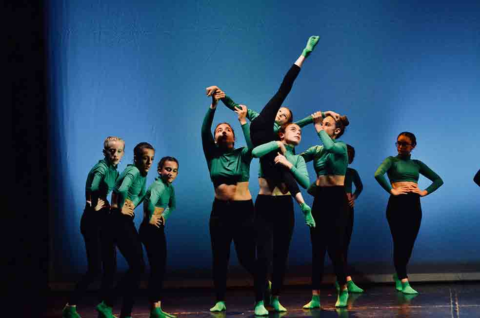 danza moderna per ragazze a milano phoenix studio dance