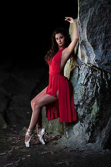 Laura Borromeo è insegnante di tango Argentino