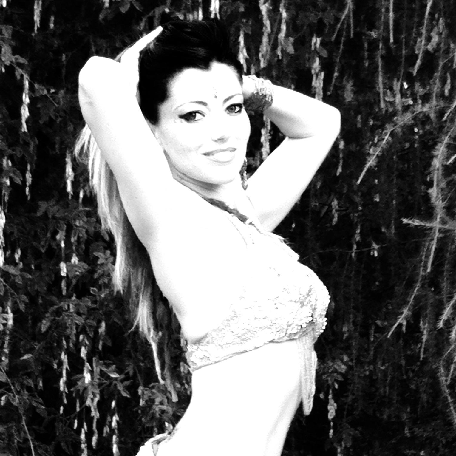 lezioni di danza del ventre alla phoenix studio dance di milano
