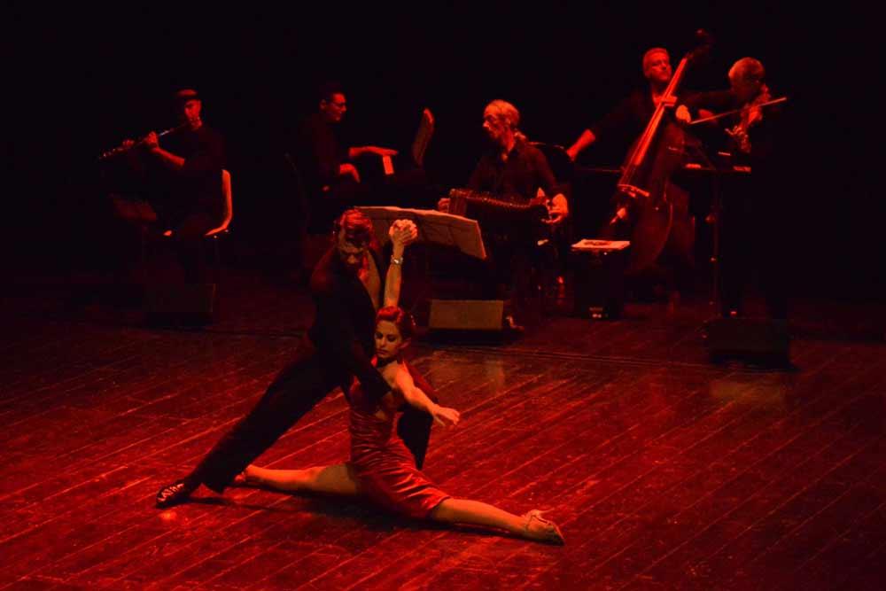 insegnante di tango argentino presso la Phoenix Studio Dance