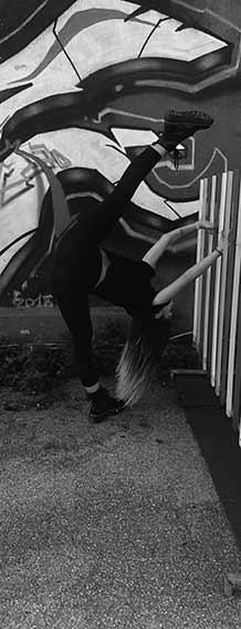 ballerina di modern-contemporary alla phoenix studio dance