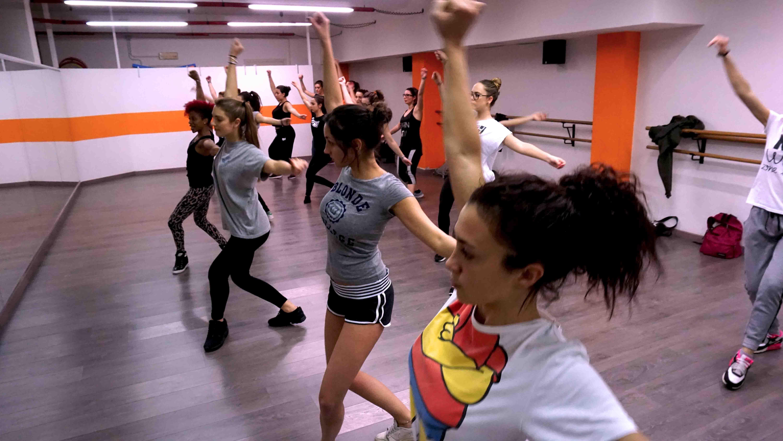 ballo reggaeton alla phoenix studio dance di milano